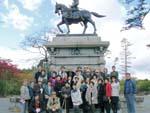 (初日)政宗像前で記念撮影